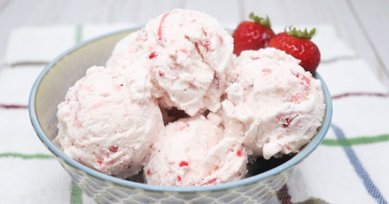 Fresh Strawberry Ice Cream Lower-Calorie
