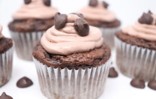 Chocolate Cupcakes with Whipped Chocolate Frosting Lower-Calorie
