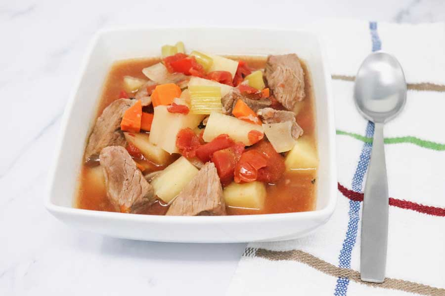 Slow Cooker Beef Stew – Low-Calorie