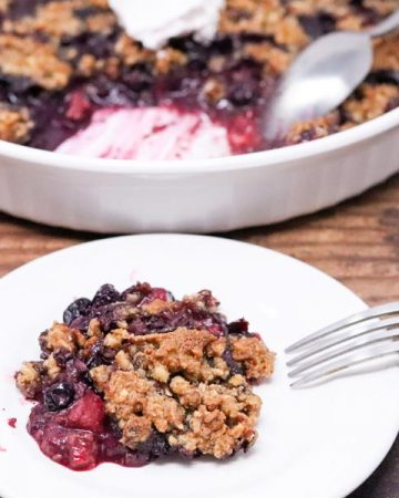 Healthy very berry crumble